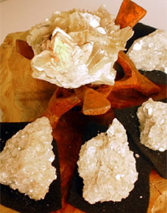 Star mica radiates happiness and infuses hope.
