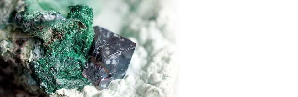 Cuprite-Mineral-slide